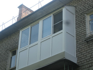 Стандартный балкон