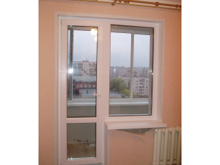 Полностью стеклянным окном
